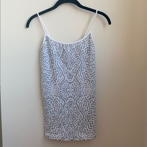 Tees by Tina Grey/white print stretch camisole